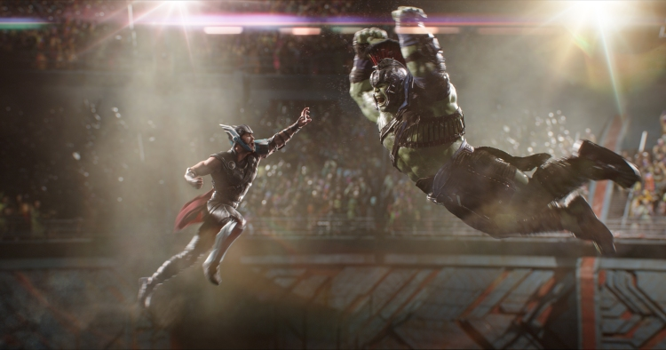 thor-ragnarok-hulk-fight.jpg
